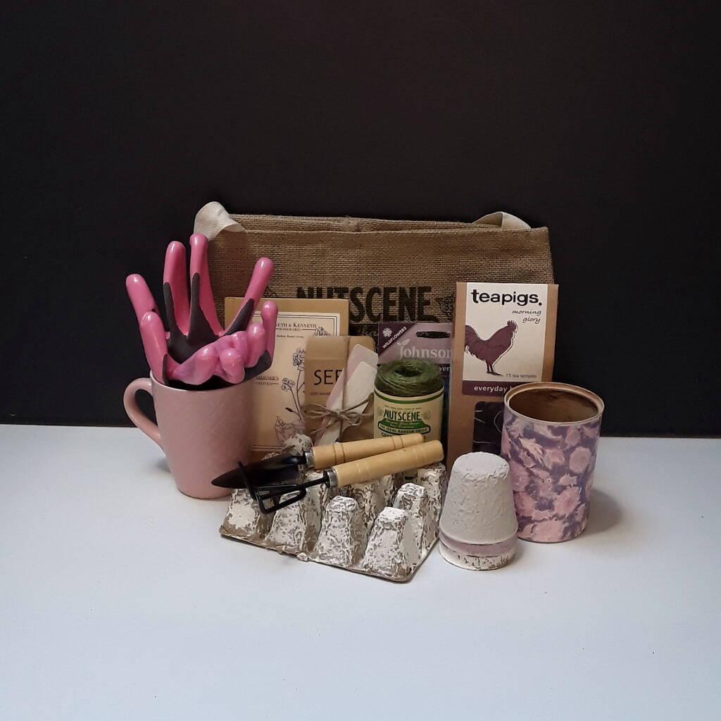 Women's Essential Gardening Tools